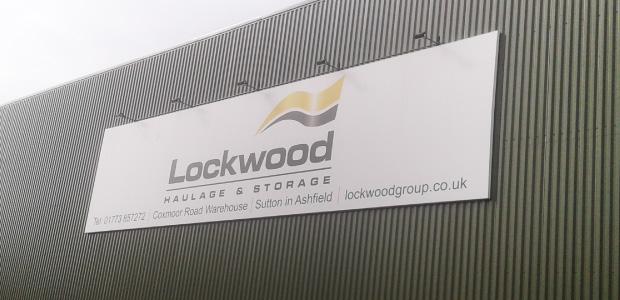 banner_lockwood02